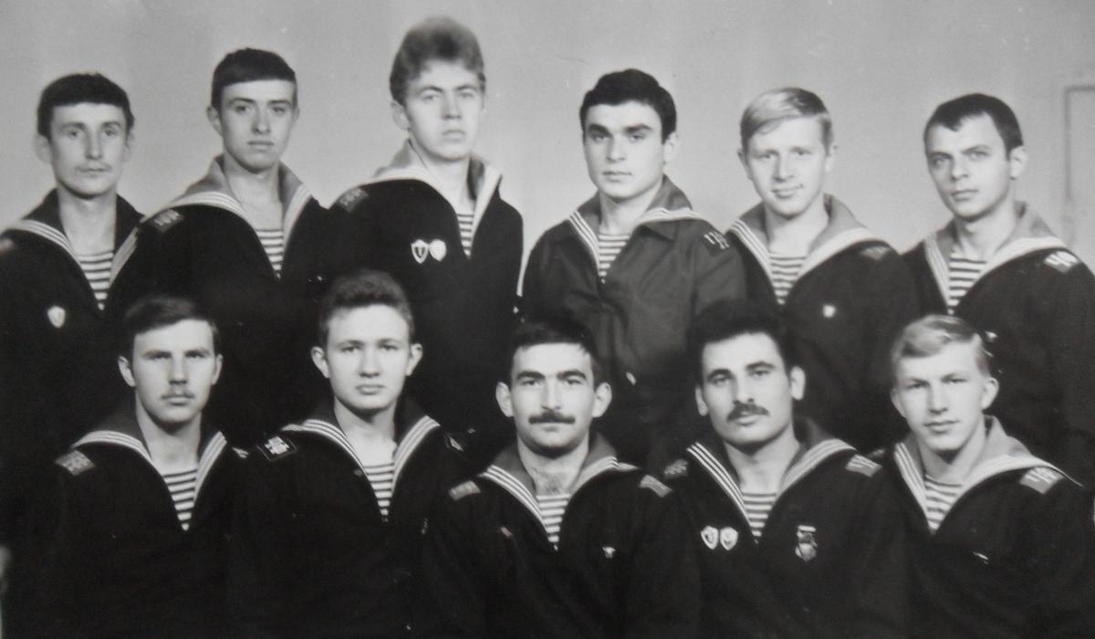 В декабре 1981 ДМБ